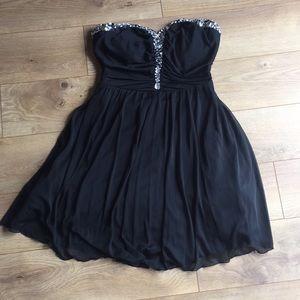 Speechless size 11 Strapless Dress